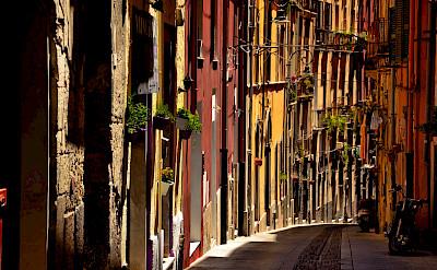 Quiet street in Cagliari, Sardinia, Italy. Flickr:Massimo Frasson