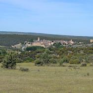 Walking towards Pedraza on the Segovia Spain Hike Tour. Photo via TO