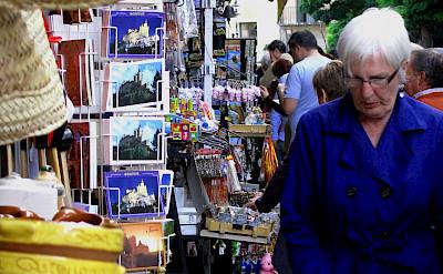 Shopping in Segovia, Spain. Flickr:Ruben Vique