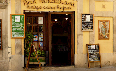 Restaurant in Sarria, Spain. Flickr:Oh Barcelona