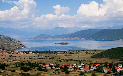 Walking to Lake Prespa in Macedonia. Flickr:Julien Maury