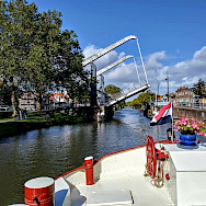 Drawbridges on the Aurora | Bike & Boat Tours
