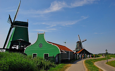 Biking in Zaandam, the Netherlands. Flickr:David Sanz