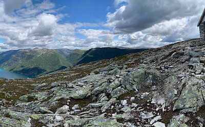 Hiking the summit at Molden, Norway. Flickr:Kirk Y.