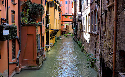 Canale di Reno in Bologna, Emilia-Romagna, Italy. Flickr:Dimitris Kamaras