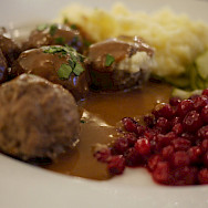 KöttBullar (Swedish meatballs) with lingonberry sauce in Stockholm, Sweden. Flickr:Rie H