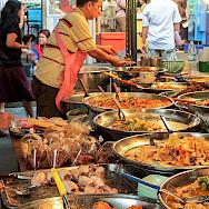 Lunchtime in Bangkok, Thailand. Flickr:Julia Maudlin