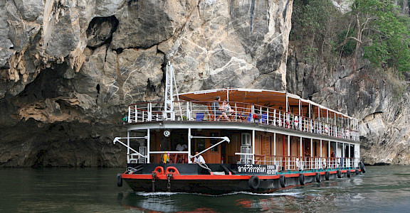 MV River Kwai - Thailand Bike & Boat Tour