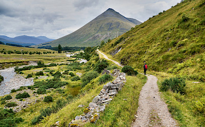Hiking towards Bridge of Orchy in Scotland. Flickr:Tatters