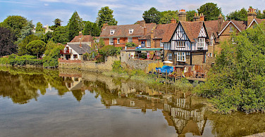 Beautiful cottages in Kent, England. Flickr:Ray in Manila
