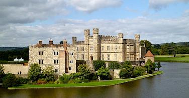 Leeds Castle in Kent, England. Flickr:Herry Lawford