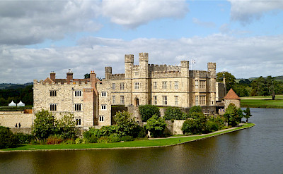 Leeds Castle in Kent, England. Flickr:Herry Lawford