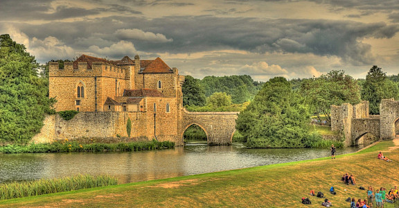 Leeds Castle in Kent, England. Flickr:Martin Bauer 51.248972, 0.630373