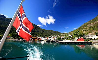 Leaving Solvorn in Norway. Flickr:Laszloilyes
