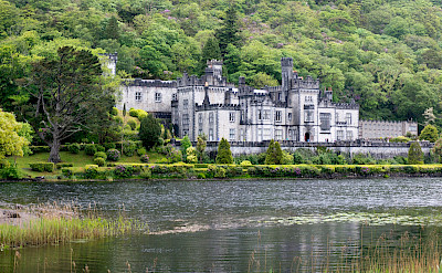 Kylemore Abbey in Connemara, County Galway, Ireland. Flickr:Kate, get the picture