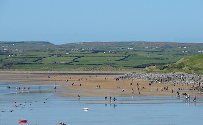 Lahinch is a popular seaside resort and surfing haven. Flickr:Mark Waters
