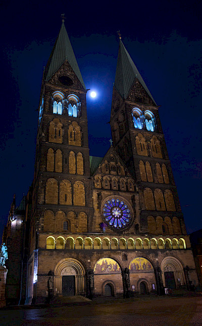 Cathedral in Bremen, Germany. Flickr:Dirk Duckhorn