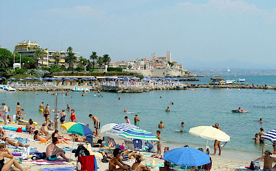 Beautiful beach in Antibes, Provence-Alpes-Côte d'Azur (the French Riviera). Photo via TO