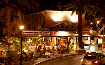 Bormes-les-Mimosas in Provence-Alpes-Côte d'Azur, France. Flickr:r_a_p_h_a_e_l
