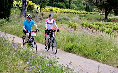 Cycling Provence-Alpes-Côte d'Azur, France! Photo via TO