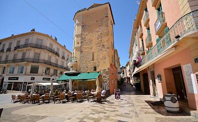 Cycling through Hyères, Provence-Alpes-Côte d'Azur, France. Photo via TO