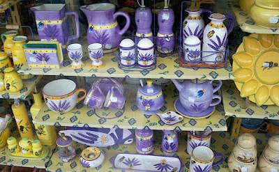 Pottery for sale in Le Lavandou, Provence-Alpes-Côte d'Azur, France. Flickr:Daniel70Mifalciola