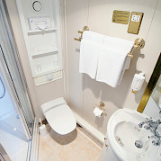Cabin Bathroom | MS Prinzessin Katharina | Bike & Boat Tours