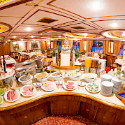 Buffet | MS Prinzessin Katharina | Bike & Boat Tours