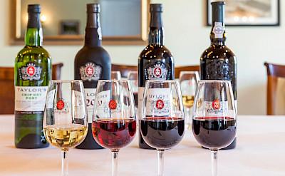 Porto wine tasting in Porto, Portugal. CC:Wiki-portwine