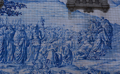 Gorgeous tile murals everywhere in Porto, Portugal. Flickr:Pug Girl