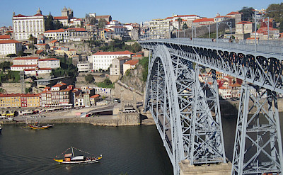 Huge bridge in Porto, Portugal. Flickr: Pepe Martin