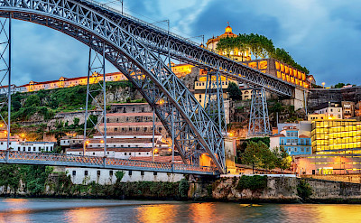 Porto, Portugal. Douro Valley E-Bike & Boat Tour. © TO