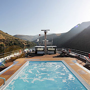 Sun deck with pool for great relaxation - Alva | Bike & Boat Tours