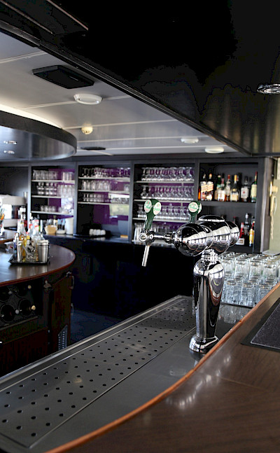 Well stocked bar on board | Serena | Bike & Boat