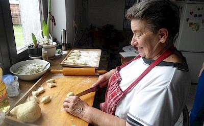 Cooking lessons in Goniadz, Poland. Flickr:Noel Schroeder