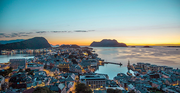 Another great view of Ålesund, Norway. 62.472033, 6.138497