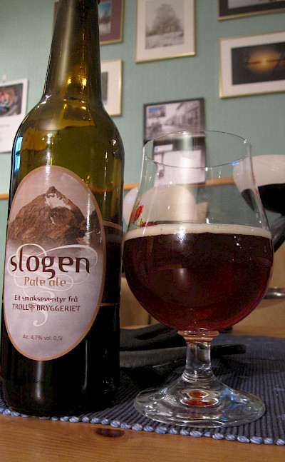Slogen Pale Ale after a long hike in the Sumøre Alps of Norway. Flickr:Bernt Rostad