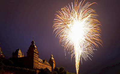 Fireworks at the Schloss in Aschaffenburg, Bavaria, Germany. Flickr:Carsten Frenzl