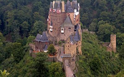 Eltz Castle between Koblenz & Trier. ©Hollandfotograaf