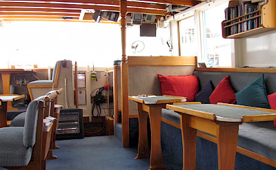 Lounge & dining area | New Zealand Hike & Cruise