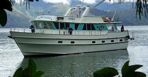 The Affinity | New Zealand Hike & Cruise