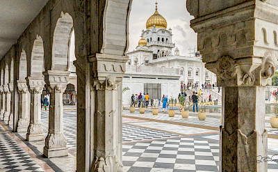 Gurudwara Sahib Sarovar Temple in New Delhi, India. Flickr:Steven dosRemedios