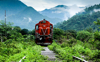 Kathgodam-Dehradun Express in India. Flickr:Belarushok