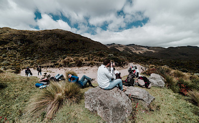 Hiking rest at Otún Laguna in Los Nevados National Park, Colombia. Flickr:Bryant Stiven Salazar Aguirre