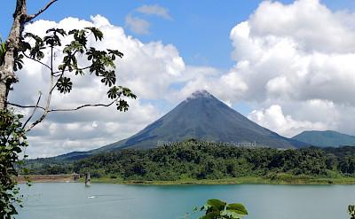 Avenal Volcano & Lake at La Fortuna, Costa Rica. Flickr:Bernal Saborio