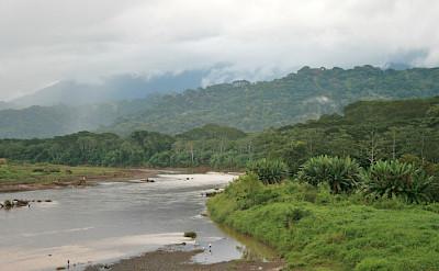 Tárcoles River in Costa Rica. Flickr:Robert Lesser