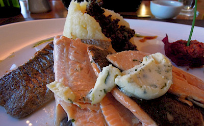 Patagonian salmon dinner in El Calafate, Argentina. Flickr:Serge