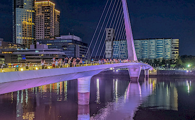 Women's Bridge in Buenos Aires, Argentina. Flickr:Steven dosRemedios