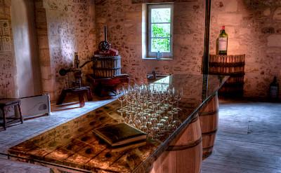 Wine tasting in the Bordeaux region of France. Flickr:Erik Soderstrom