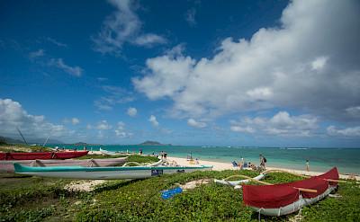 Boats & beaches in Hawai'i. Flickr:Erik Cooper